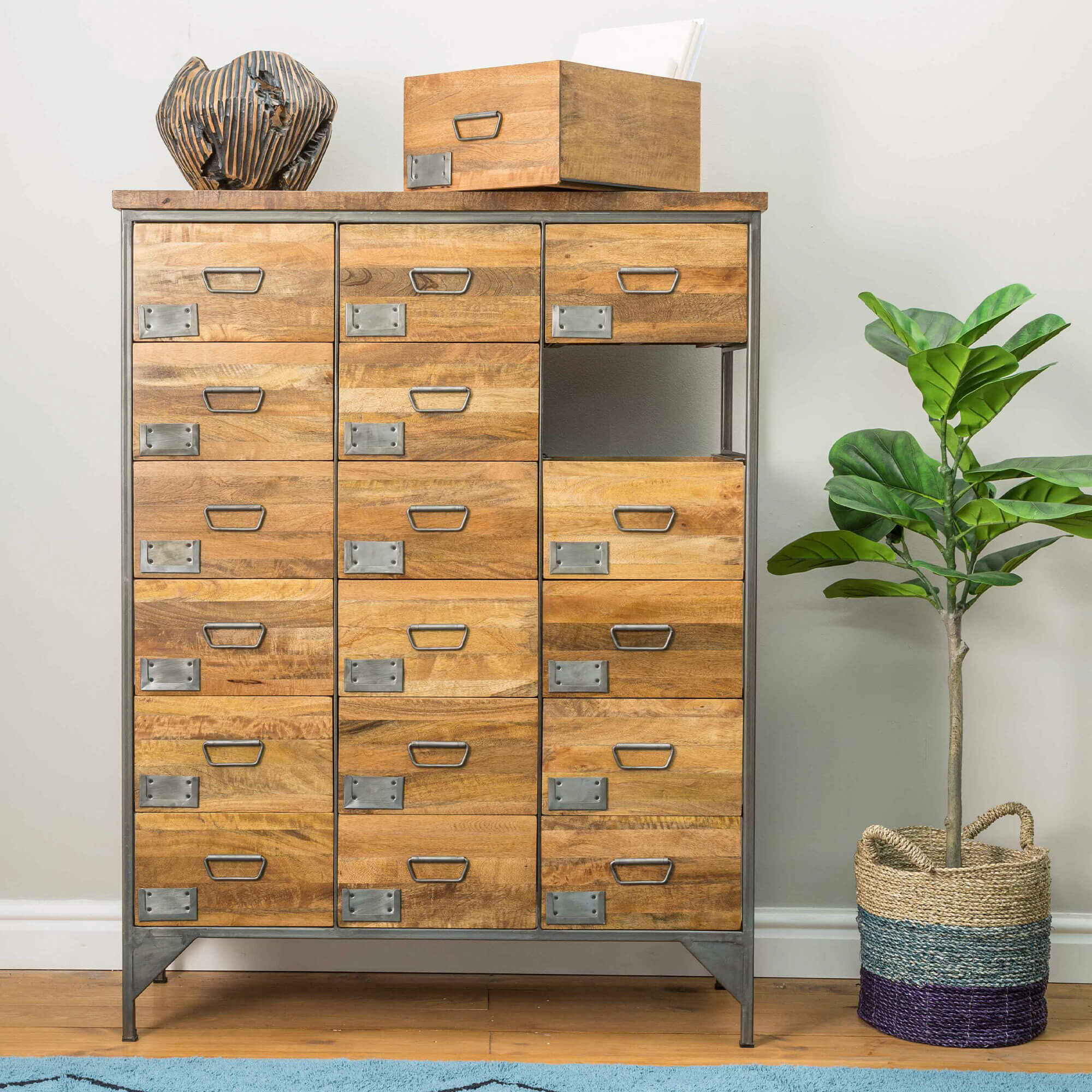 Urban 18 drw Apothecary Chest | Solid Wood |